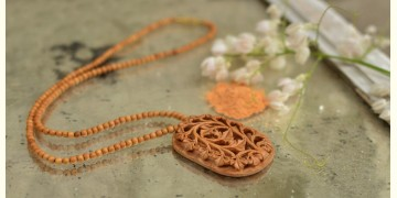Kadam ♣ Wooden Neckpieces { t }