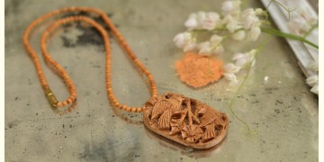 Kadam ♣ Wooden Neckpieces { u }