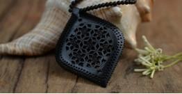 Kadam ☙ Wooden Neckpieces ☙ Q