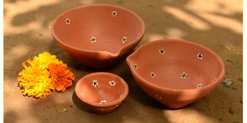 Diya { 1Large + 1Medium + 1Small Diya }