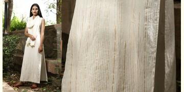 Jamiti Shwet ❈ Linear Hem Kurta Set + Scarf