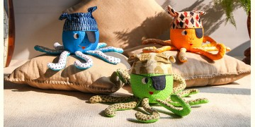 Animal Cushion – Sea Pirate { 4 } { Single piece }
