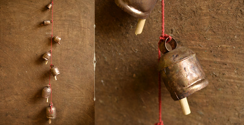 Jingles & Carrolls ~ Kutch metal bell { 13 }