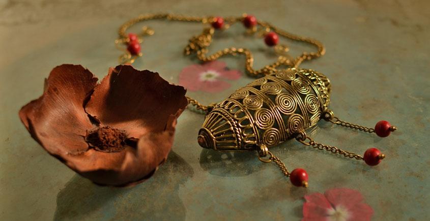 प्रभा ✺ Brass Necklace { 16 }