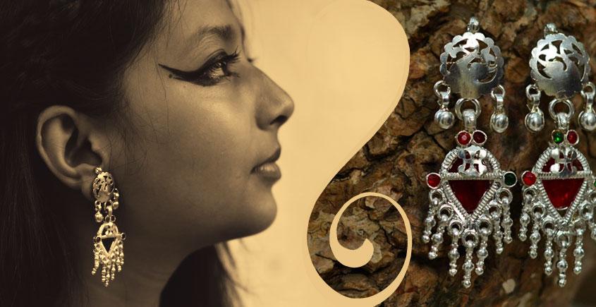Silver Jewelry ~ Trikon jumkha