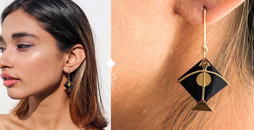 Flying Kites ♦ Onyx Stone . Kite Earrings ♦ 25