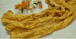 Twinkle Drops ♦ Gajji Silk . Natural Color Bandhani Stole ♦ 15