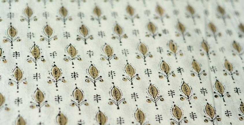 Sanganeri fabric ~ 13 (Block Printed . Per Meter)