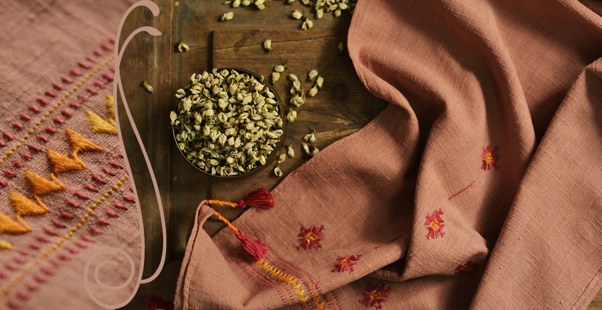 सूफियाना ~ Handloom Cotton . Embroidered stoles { 5 }
