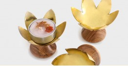 Lotus Blossom Tealight