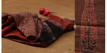 Autumns can wait ❋ Mul Cotton Ajrakh Dupatta { 15 }