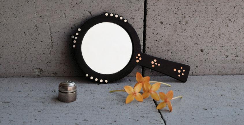 Bejewel Hand Mirror -{ Round }- 1