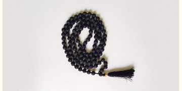 Bunched Together ✪ Stone Jewelry ✪ Retro raw black long mala { 1 }