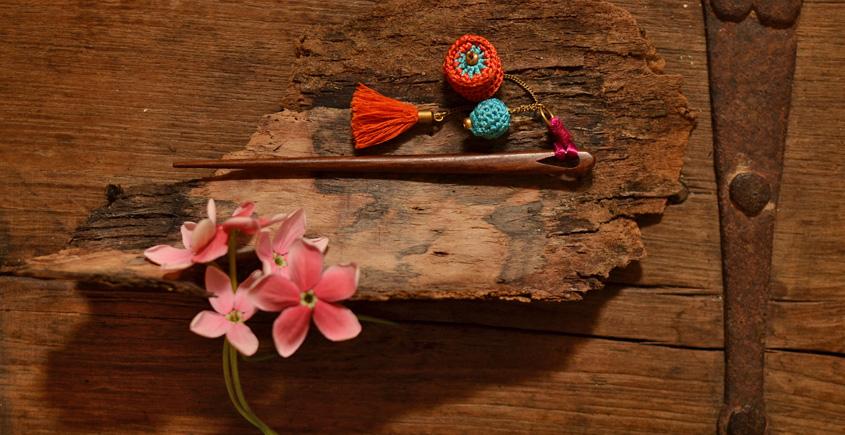 Crochet jewelry { Hair Stick } 29