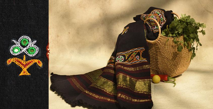 शाकरचित | Shakrachit ⚹ Handwoven Woolen Shawl { 15 }