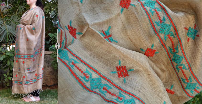 Kutch embroidery dupatta ~ 1
