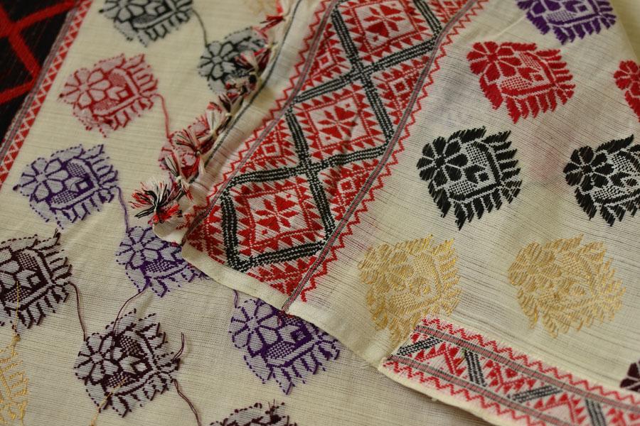 Buy Assamese Traditional Handwoven Mekhela Chador Online