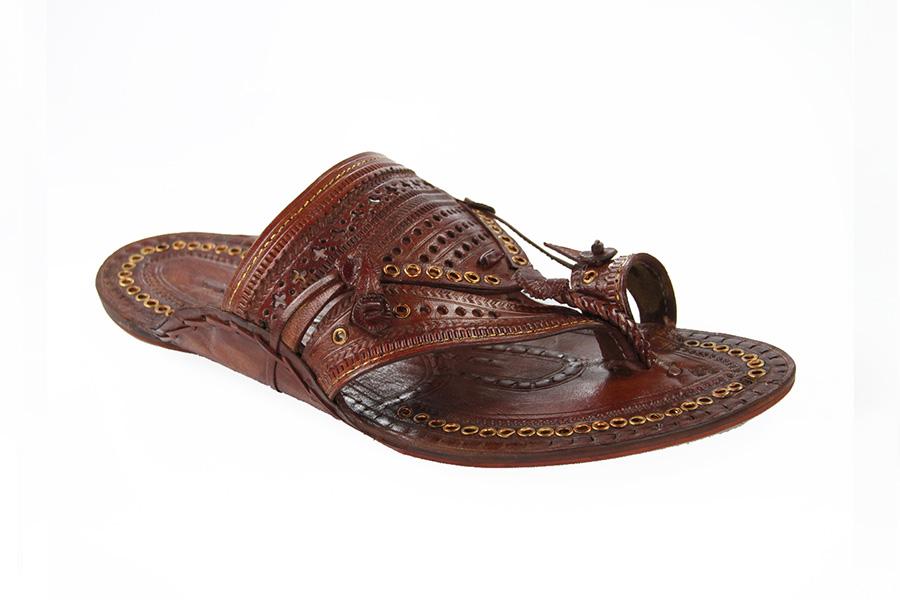 e9dd5e336215 Buy Handmade Kolhapuri Chappal online