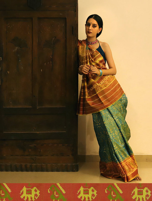 buy-silk-cotton-patola-saree-online